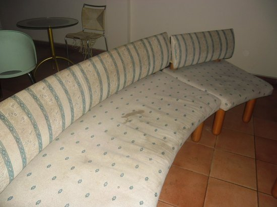 Pomorie Hotel: Dirty Seats