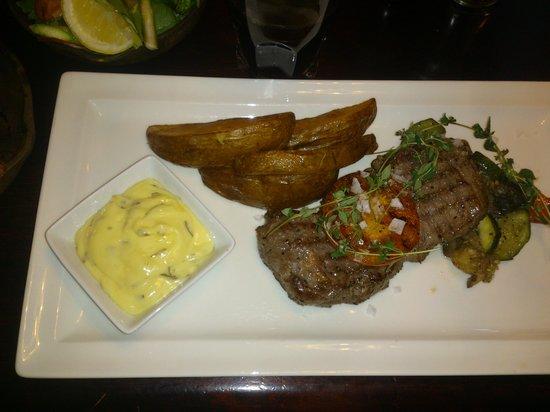 Harrys Pub & Restaurant: Black angus ryggbiff på harrys