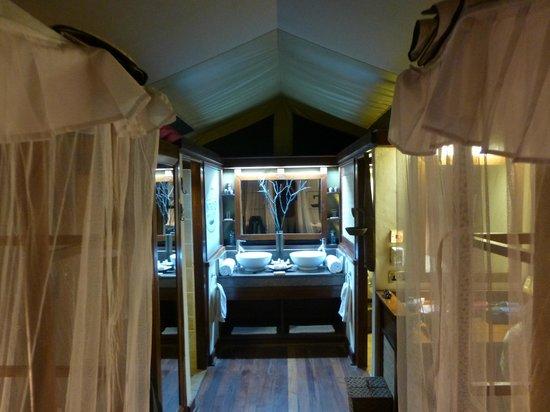 Samburu Intrepids Luxury Tented Camp: Beautiful room