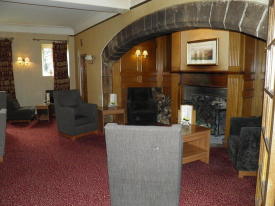 Stirk House Hotel: Cosy lounge's