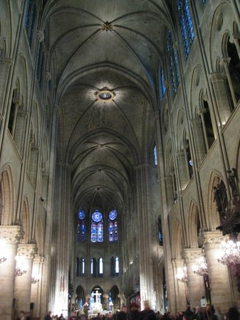 มหาวิหารน็อทร์-ดาม: Catedral de Notre-Dame - nave