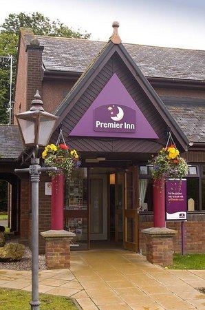 Premier Inn Inverness East Hotel: Inverness East Exterior