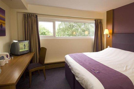 Premier Inn Knutsford (Bucklow Hill) Hotel: Bucklow Hill Room