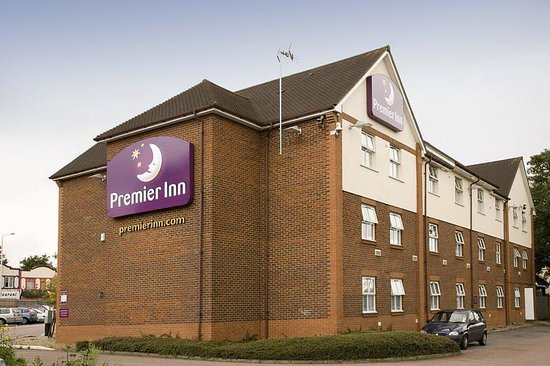Premier Inn London Ilford Hotel: Ilford Exterior