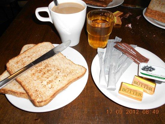 Hatters Hostel Liverpool: Desayuno