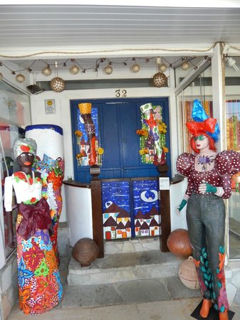 Praia dos Ossos: Hermosas esculturas!