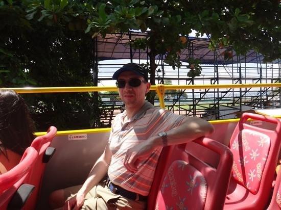 City Sightseeing Cartagena: en el segundo piso del bus