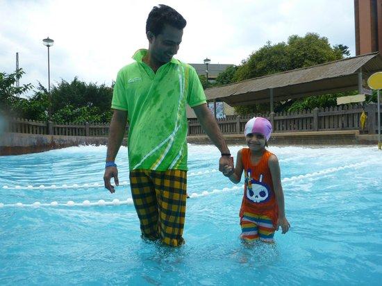 สวนสนุกวอนเดอร์ลา: WAVE POOL