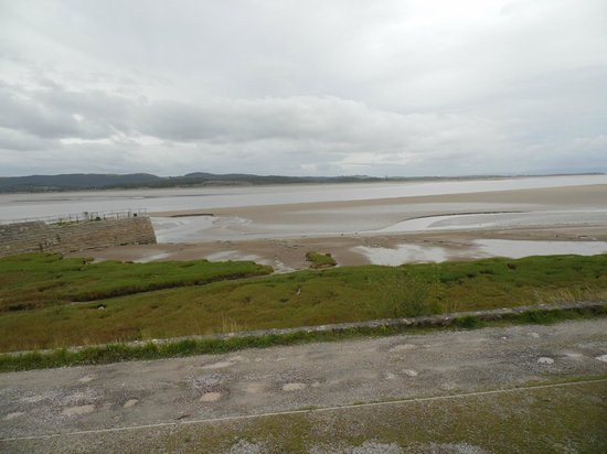 Bay Horse Hotel & Restaurant: Stunning view of the Estuary from our terrrace.