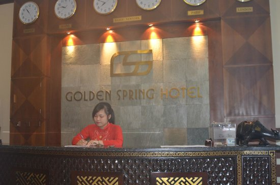 Golden Spring Hotel: Reception
