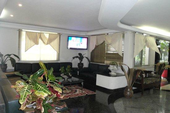Hotel Apollo Inn Express: sala de espera na recepcao   fique  tranquilo  !!!
