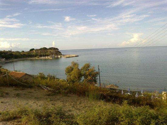 "Ellinon Pelagos Tavern: παραλία ""γάιδαρος"""