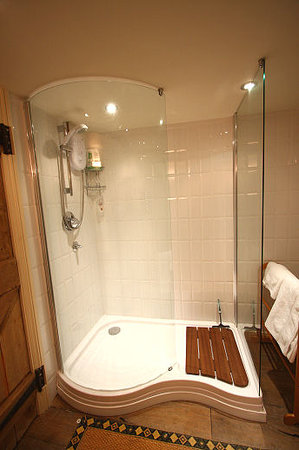Boyton Farmhouse Bed and Breakfast: Private shower