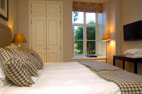 Dartington Hall Hotel: Guest Room