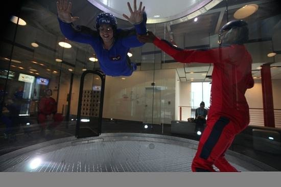 iFLY Indoor Skydiving - Austin: I'm flying!