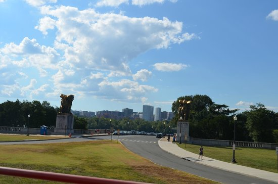 The City Tour: Calles WDC