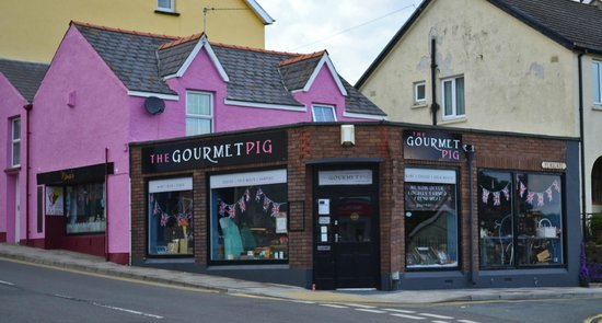 The Gourmet Pig: Our little Deli on the corner