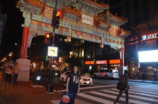 The City Tour: China Town   -  Washington