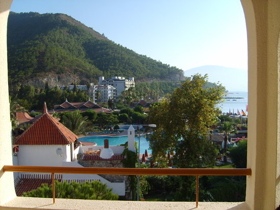 Fortuna Beach Hotel: balcony view
