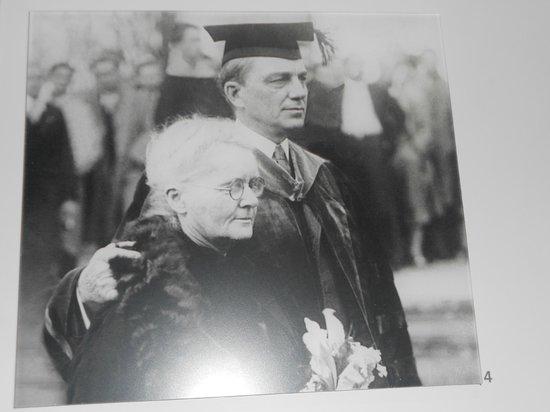 Musée Curie: Marie Curie em visita aos EUA