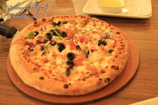 Papa John's Pizza - Sunway Pyramid: بيتزا مشكلة