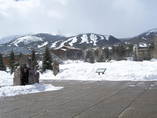 Breckenridge Ski Resort: Ski hill  from Downtown