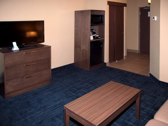 BEST WESTERN PLUS Winnipeg West: Other Hotel Services/Amenities