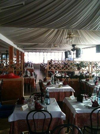 Rio Grande: Sala rosa