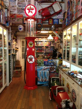 Macchinine: Interior de la tienda