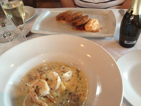 Twenty One and Main: fried green tomatoes, shrimp n grits- YUM