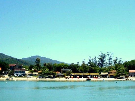 Baia Dos Golfinhos Beach