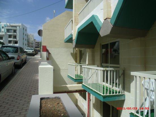 Qawra Palace Hotel: Our balcony