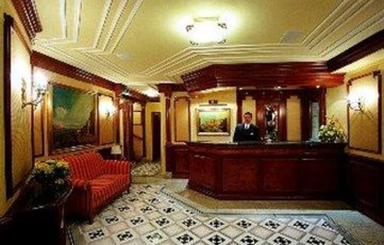 Hotel President: Reception