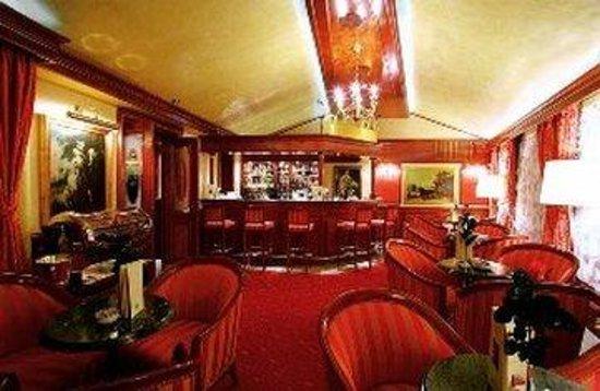 Hotel President: Royal Club