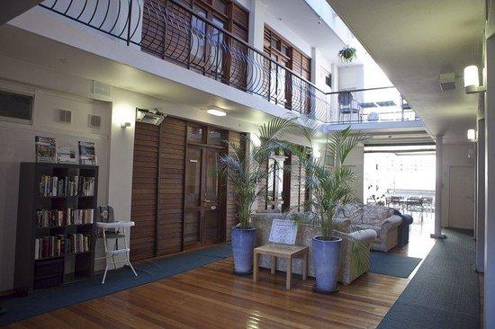 The Savoy Double Bay Hotel: STANDARD ATRIUM ROOM