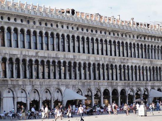 St. Mark's Square: Gov't building