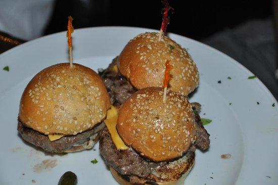 Thunder Burger & Bar: mini burgers