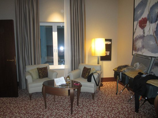 The Ritz-Carlton, Vienna: King Size Bed