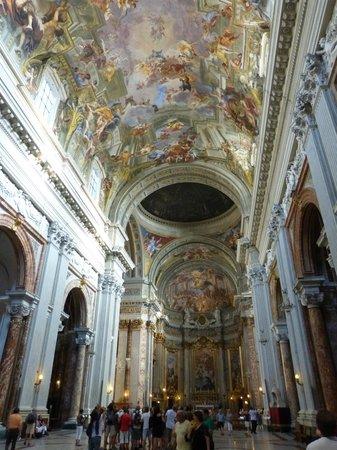 Chiesa di Sant'Ignazio di Loyola: la grande nef