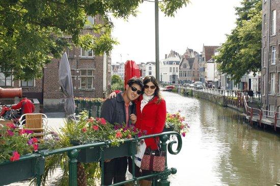 Ghent City Center: FLORES