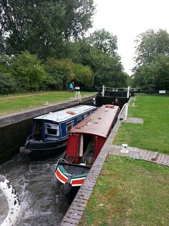 The Rowbarge: Messing about on the river