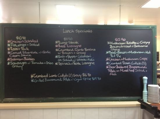 Fingal Bay Bistro: lunch specials from $10.90