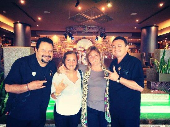 Hard Rock Hotel Cancun: Los maravillosos gerentes Alejandro y Elias! Muchas gracias!