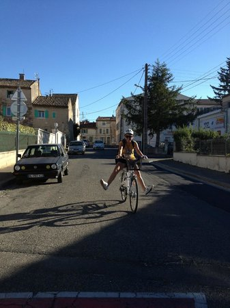 Sun-e-Bike : Showing off after riding 50K