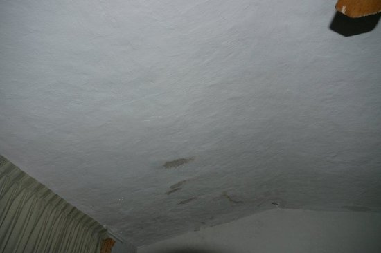 Estrella Del Mar Resort Mazatlan: Lluvia bajo techo