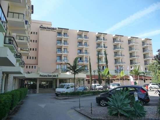 Pestana Dom João II: Hotel front. We had second-floor room overlooking this car park