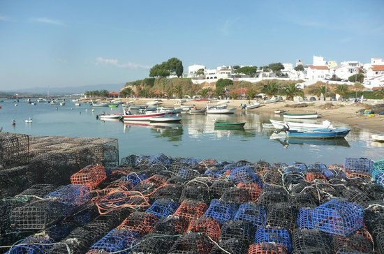 Pestana Dom João II: Alvor marina and the fishermen's lobster pots