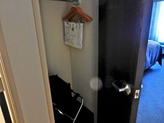 Sleep Inn & Suites Medical Center: closet (be sure to check it when you leave!)