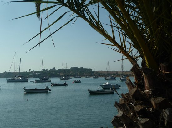 Pestana Dom João II: Alvor marina, on the estuary