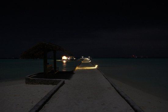 Rihiveli by Castaway Hotels & Escapes: Harbor and Jetty under the moon